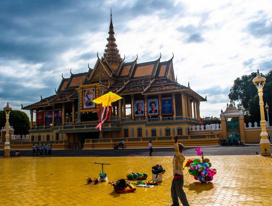 Outside the Royal palace, Phnom Penh