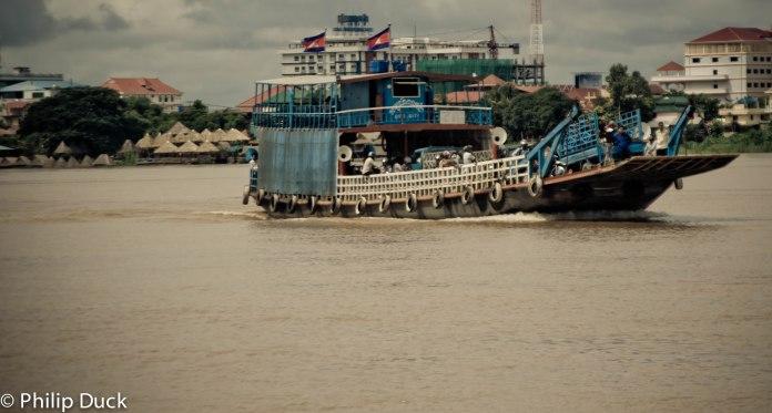 Ko Dach Ferry, Phnom Penh